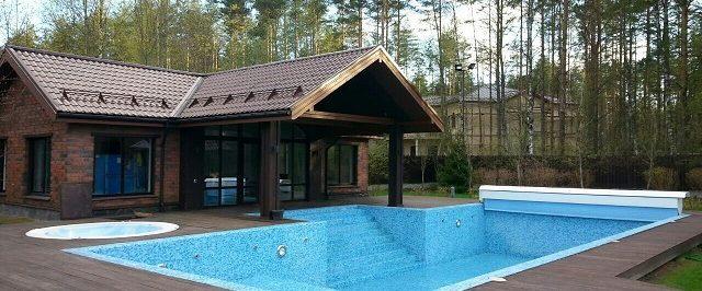 Уличный плавательный бассейн
